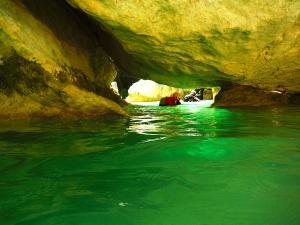Descenso-barranco-Vero-Barranquismo-Sierra-de-Guara-Guías-de-Barrancos-Canyoning-Canyon-Guides-Mendi-eta-arroila-gidariak-Arroila-jeitsiera-27