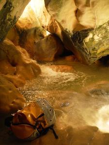 Descenso-barranco-Vero-Barranquismo-Sierra-de-Guara-Guías-de-Barrancos-Canyoning-Canyon-Guides-Mendi-eta-arroila-gidariak-Arroila-jeitsiera-5
