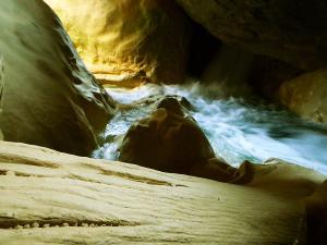 Descenso-barranco-Vero-Barranquismo-Sierra-de-Guara-Guías-de-Barrancos-Canyoning-Canyon-Guides-Mendi-eta-arroila-gidariak-Arroila-jeitsiera-7