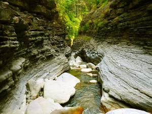 Garganta-SORROSAL-Barranquismo-en-Sobrarbe-Ordesa-Bujaruelo-Aínsa-Canyoning-Guías-de-Barrancos-Canyon-Guides-19