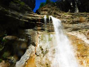 Garganta-SORROSAL-Barranquismo-en-Sobrarbe-Ordesa-Bujaruelo-Aínsa-Canyoning-Guías-de-Barrancos-Canyon-Guides-20