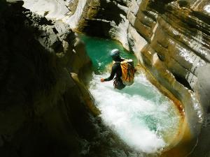 Garganta-SORROSAL-Barranquismo-en-Sobrarbe-Ordesa-Bujaruelo-Aínsa-Canyoning-Guías-de-Barrancos-Canyon-Guides-25