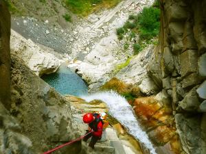 Garganta-SORROSAL-Barranquismo-en-Sobrarbe-Ordesa-Bujaruelo-Aínsa-Canyoning-Guías-de-Barrancos-Canyon-Guides-8