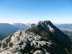 Senderismo-temático-Parque-Natural-de-Urkiola-Basque-Mountains-Mountain-Guides-22