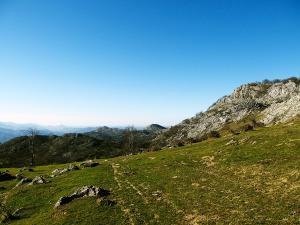 Senderismo-temático-Parque-Natural-de-Urkiola-Basque-Mountains-Mountain-Guides-42