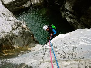 Barranco-Trigoniero-Barranquismo-en-Sobrarbe-Ordesa-Bujaruelo-Aínsa-Canyoning-Guías-de-Barrancos-Canyon-Guides-8