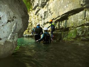 Barranco-Viandico-Barranquismo-en-Sobrarbe-Ordesa-Bujaruelo-Aínsa-Canyoning-Guías-de-Barrancos-Canyon-Guides-10