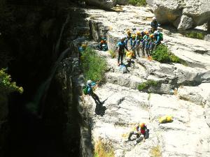 Barranco-Viandico-Barranquismo-en-Sobrarbe-Ordesa-Bujaruelo-Aínsa-Canyoning-Guías-de-Barrancos-Canyon-Guides-11