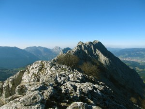 Ascension-Anboto-deporte-aventura-parque-natural-urkiola-turismo-activo-pais-vasco-euskadi-basque-country-trekking-2