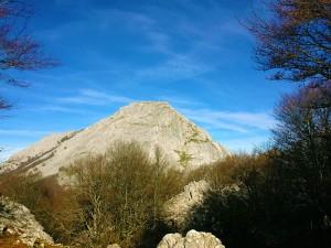 Ascension-Anboto-deporte-aventura-parque-natural-urkiola-turismo-activo-pais-vasco-euskadi-basque-country-trekking-3
