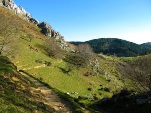 Ascension-Elgoin-deporte-aventura-parque-natural-urkiola-turismo-activo-pais-vasco-euskadi-basque-country-trekking-5