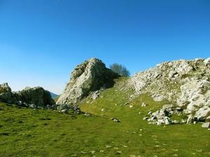 Ascension-Larrano-deporte-aventura-parque-natural-urkiola-turismo-activo-pais-vasco-euskadi-basque-country-trekking-rutas-guiadas-3