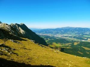 Ascension-Larrano-deporte-aventura-parque-natural-urkiola-turismo-activo-pais-vasco-euskadi-basque-country-trekking-rutas-guiadas