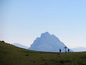 Ascension-Untzillaitz-deporte-aventura-parque-natural-urkiola-turismo-activo-pais-vasco-euskadi-basque-country-trekking-1