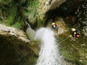 Barranquismo-Arroila-Jeitsiera-Canyoning-Nivel3-Pirineos-Pirinioak-Pyrenees-CanyonGuides-ArroilaGidariak-GuiasBarranquismo-27