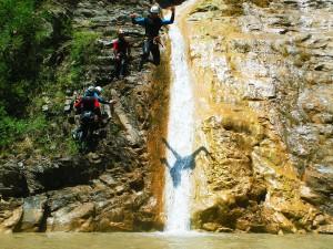 Deportes-aventura-descenso-de-cañones-Barranquismo-Pirineos-Siresa-6