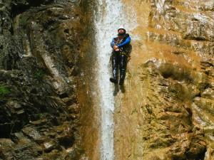 Deportes-aventura-descenso-de-cañones-Barranquismo-Pirineos-Siresa-7