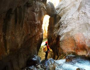 Deportes-aventura-descenso-de-cañones-barranquismo-pirineos-turismo-activo-euskadi-pais-vasco-7
