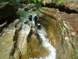 Deportes-aventura-descenso-de-cañones-barranquismo-pirineos-turismo-activo-furco-10