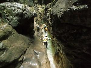Deportes-aventura-descenso-de-cañones-barranquismo-pirineos-turismo-activo-gloces-6