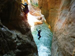 Gorgol-Descenso-de-cañones-barranquismo-valle-de-tena-pirineos-deportes-de-aventura-4