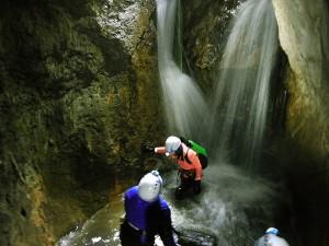 Leze-Invernal-Descenso-de-cañones-Barranquismo-Iniciación-Pais-Vasco-Euskadi-Navarra-Pirineos-Sierra-de-Guara-galeria-4