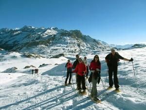 Raquetas-de-nieve-Elur-erraketak-Snowshoeing-Pais-Vasco-Euskadi-Navarra-Pirineos-Basque-Country-aventura-4.4