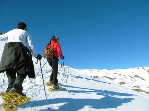 Raquetas-de-nieve-Elur-erraketak-Snowshoeing-Pais-Vasco-Euskadi-Navarra-Pirineos-Basque-Country-aventura-6