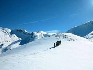 Raquetas-de-nieve-Elur-erraketak-Snowshoeing-Pais-Vasco-Euskadi-Navarra-Pirineos-Basque-Country-aventura-7.5