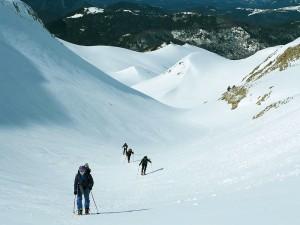 Raquetas-de-nieve-Elur-erraketak-Snowshoeing-Pais-Vasco-Euskadi-Navarra-Pirineos-Basque-Country-aventura-8