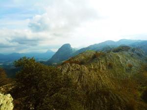Turismo-Activo-Pais-Vasco-Euskadi-Urkiola-trekking-senderismo-4